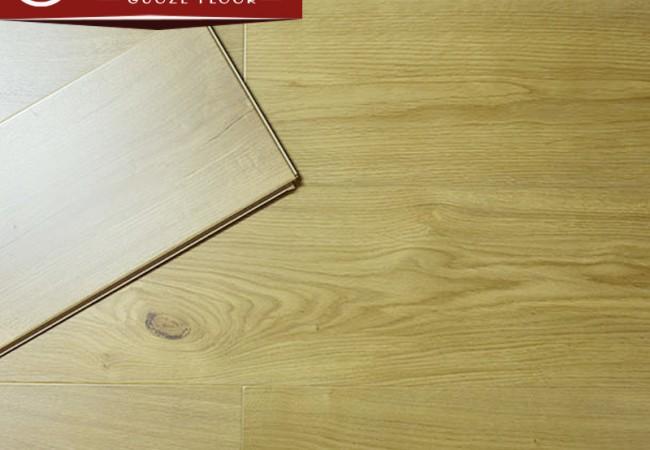 大亚水洗白基材强化复合地板GZ8815